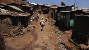Kibera, slumsowa dzielnica Nairobi. Fot. africa924 / Shutterstock.com