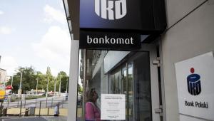 Bankomat banku PKO BP we Wrocławiu. 14.06.2013