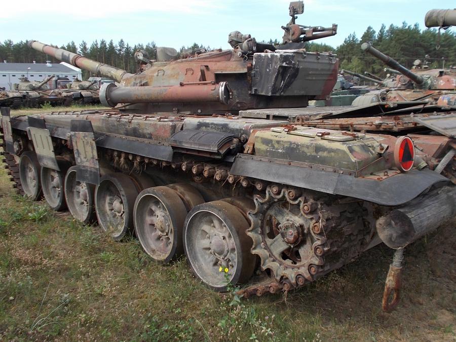 1956489-czolg-sredni-t-72-nr-rej.jpg