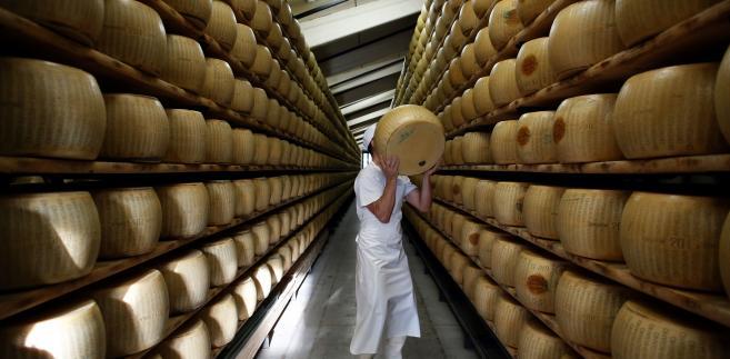 Produkcja serów we włoskiej Fidenzi