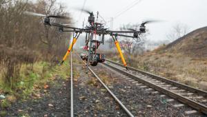 Fot. 6 Dron wielosilnikowy