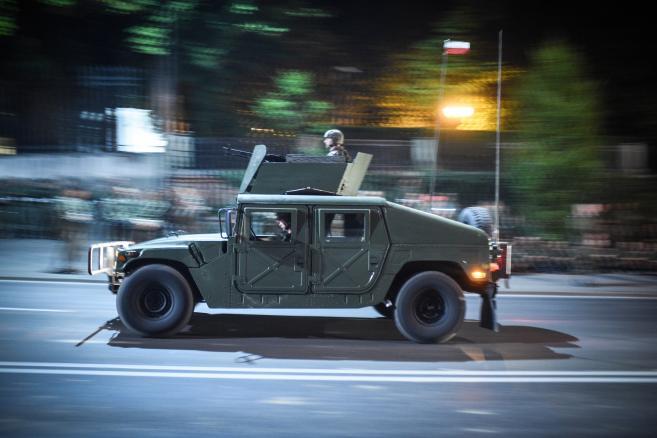 Próba generalna przed defiladą z okazji święta Wojska Polskiego, w nocy z 11 na 12 bm.  (ukit) PAP/Jacek Turczyk