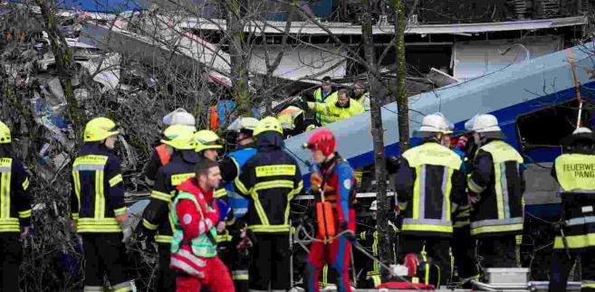 Katastrofa kolejowa w Bawarii EPA/SVEN HOPPE Dostawca: PAP/EPA.