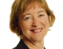Maude Barlow prezes organizacji Council of Canadians, pełniła funkcję głównego doradcy ds. gospodarki wodnej przy 63. przewodniczącym Zgromadzenia Ogólnego ONZ. Od wielu dekad działa jako aktywistka w walce o sprawiedliwe traktaty handlowe w Kanadzie i na całym świecie materiały prasowe