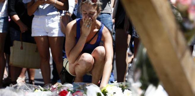 Francja w żałobie po zamachu w Nicei.