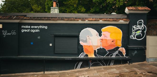 Putin Trump pocałunek