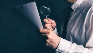 Celem kontroli operacyjnej jest wykrycie, ustalenie sprawców oraz uzyskanie i utrwalenie dowodów przestępstw wskazanych w art. 118 ust. 1 ustawy o KAS.