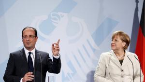 Kanclerz Niemiec Angela Merkel i prezydent Francji Francois Hollande