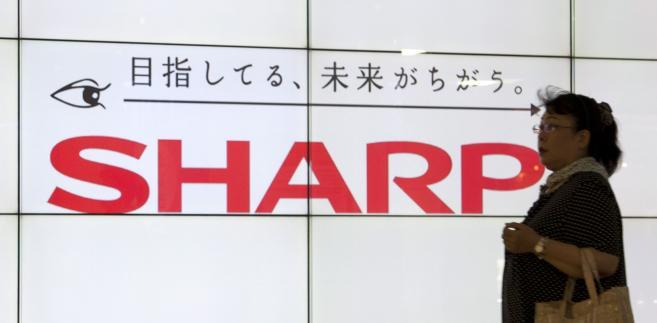 Firma Sharp.