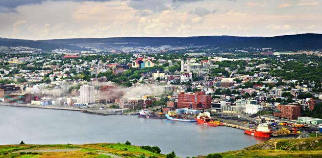 Panorama Saint John's z Signal Hill w nowej Fundlandii, Kanada