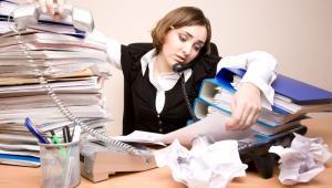 Zmęczona pracownica