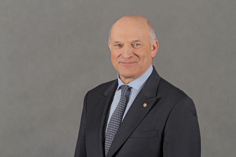 Paweł Olechnowicz, prezes zarządu Grupy Lotos (34)