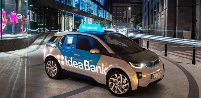 Ruchomy bankomat Idea Banku. Fot. materiały prasowe
