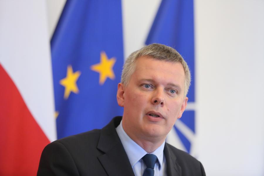 Tomasz Siemoniak podczas konferencji prasowej w Warszawie