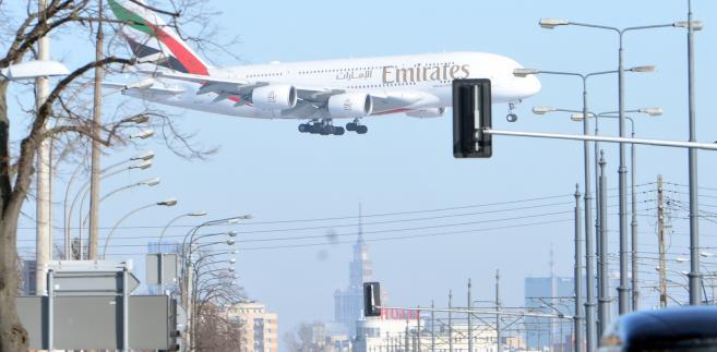 Airbus A380 linii Emirates nad Warszawą PAPJacek Turczyk
