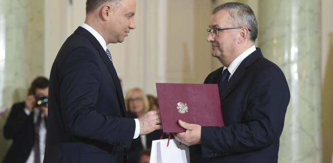 Prezydent Andrzej Duda powołuje Andrzeja Adamczyka na stanowisko ministra infrastruktury.