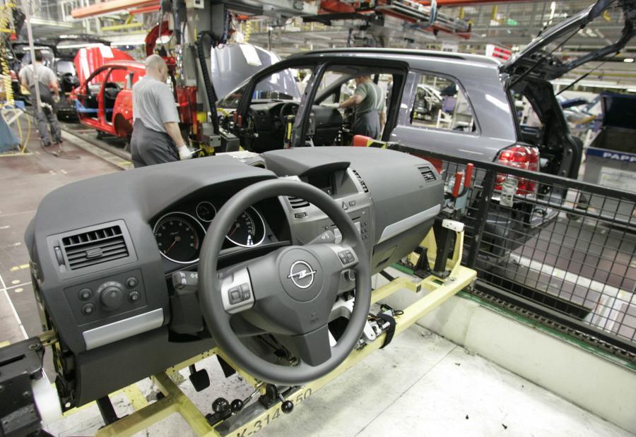 Zakład produkcyjny Opla w Bochum. Fot. Bloomberg
